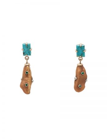 Turquoise and freshwater pearl earrings