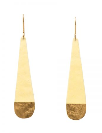 Cream Skinny Teardrop earrings
