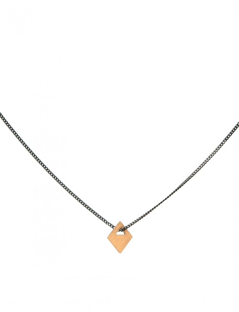 Small Square Tab Necklace – 18ct Gold