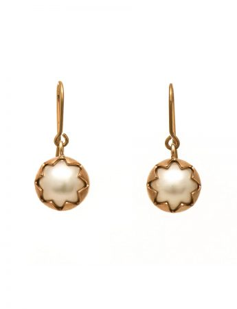 Corona Earrings – Rose Gold & Pearl