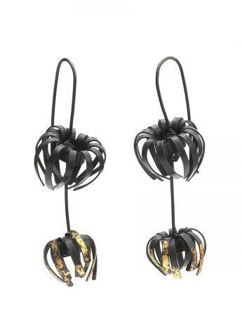 Banksia Drop Earrings – Black & Gold