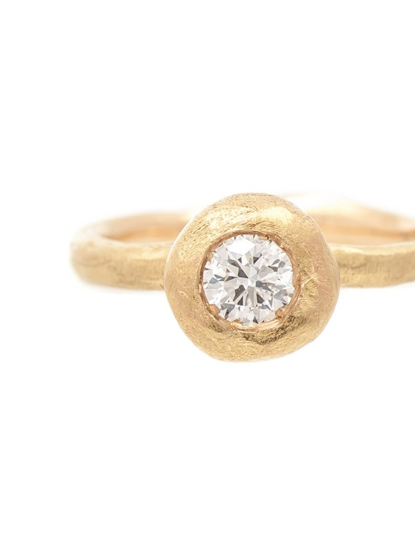 Pledge Ring – Diamond