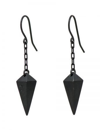 Plummet earrings – oxidised