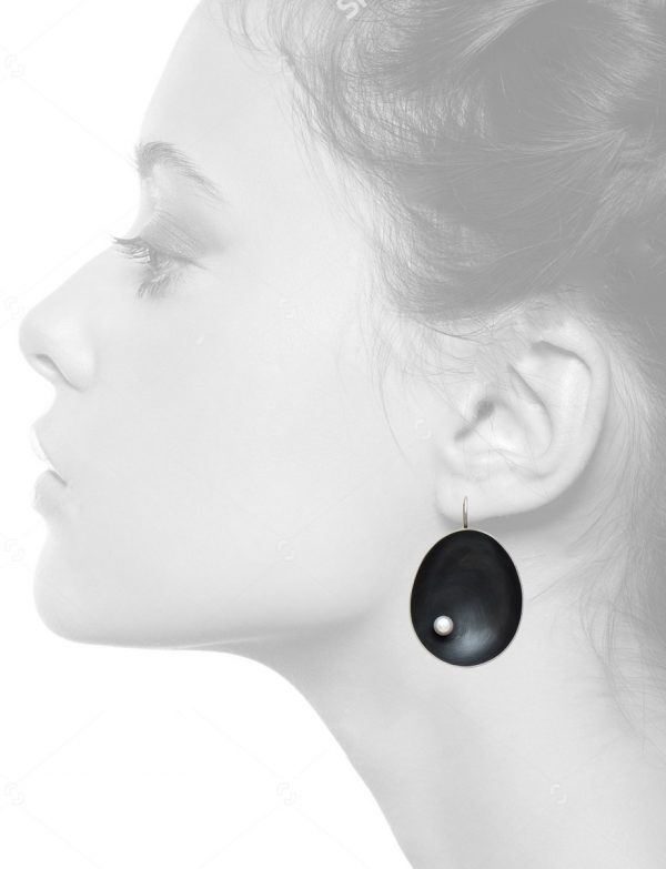 Dish earrings – large with pearl