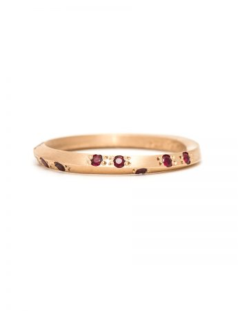 Mobius Ring – Ruby