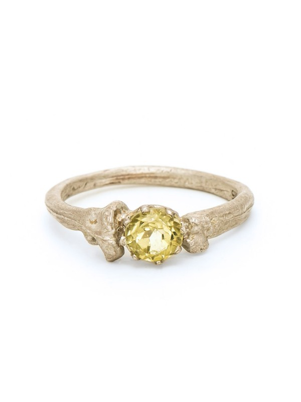 Bone Solitaire Ring – Lemon Quartz