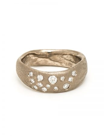 Random Ring - White Gold & Diamond