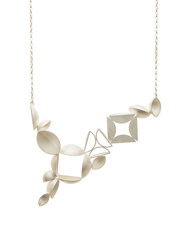 12 Piece Necklace – Bleached Silver