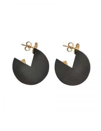 Black Horizon Earrings - Yellow Gold
