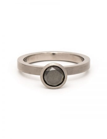 Supernova Ring – Black Diamond