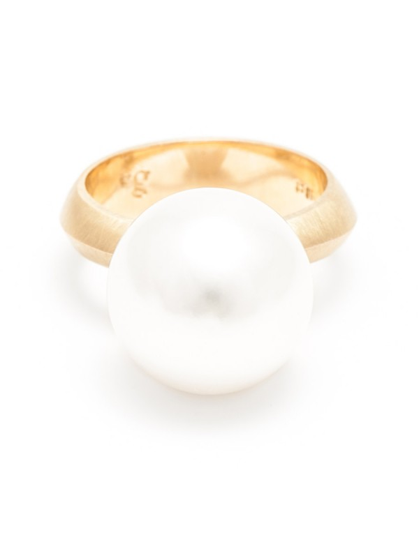 Pearl Ring – Yellow Gold