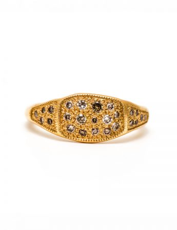 Golden Signet Ring – Champagne Diamonds