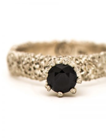 Lost Crown Ring - Black Sapphire