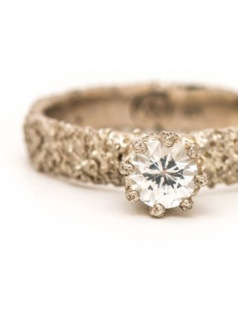 Lost Crown Ring – White Sapphire