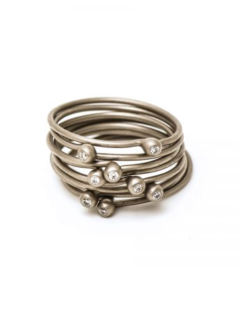 Petit Pois Ring - White Gold & Diamond
