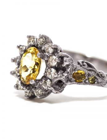 Queenie Ring – Yellow Sapphire