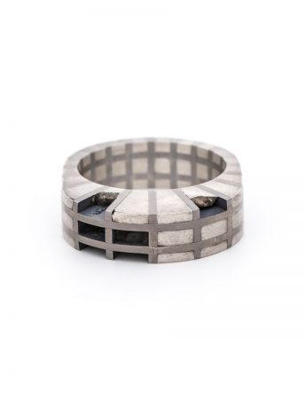 Flesh & Bone Oval Ring - Silver