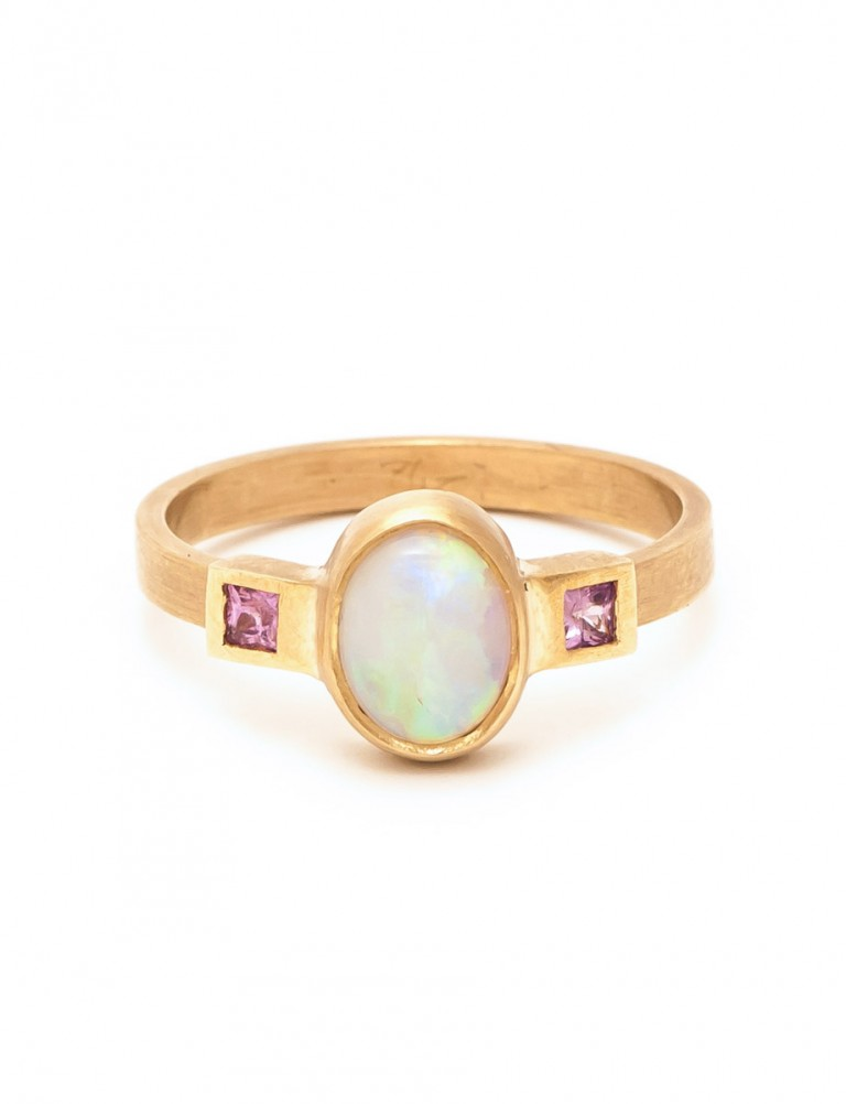 Crystal Opal Ring – Pink Sapphire