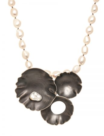 Mollusc Pearl Necklace