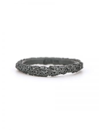Thin Sunken Ring - Black