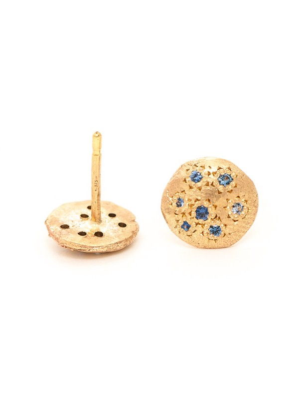 Little Stud Earrings – Yellow Gold & Sapphire