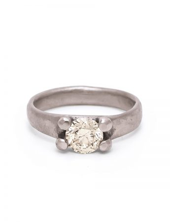 Elemental Solitaire Ring – Champagne Diamond