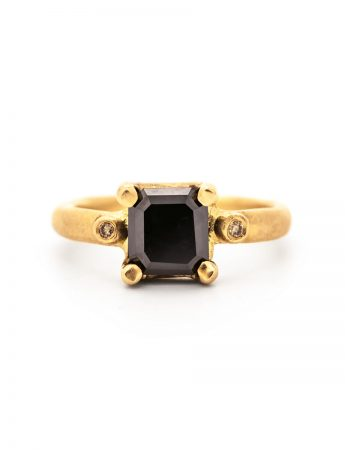 Majesty Ring - Black Diamond