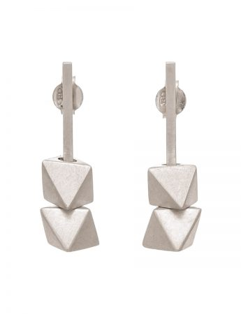 Short Axis Earrings – Silver