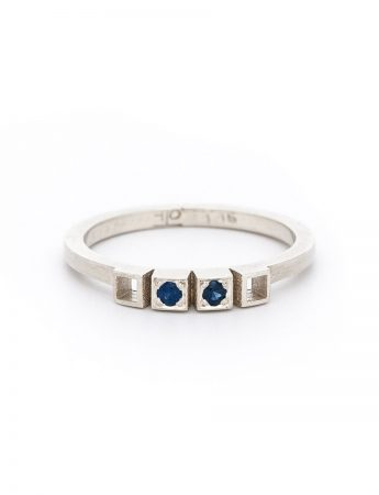 Two Sapphires Ring – White Gold