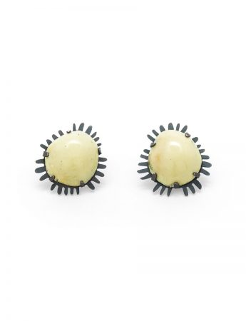 Galaxy Stud Earrings - Cream