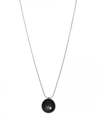 Sea Dish Diamond Pendant Necklace - Black