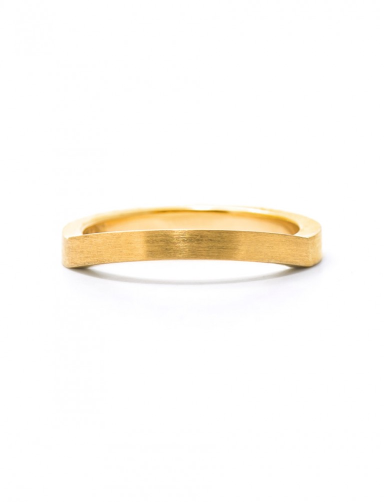 Edge Wedding Ring – Gold