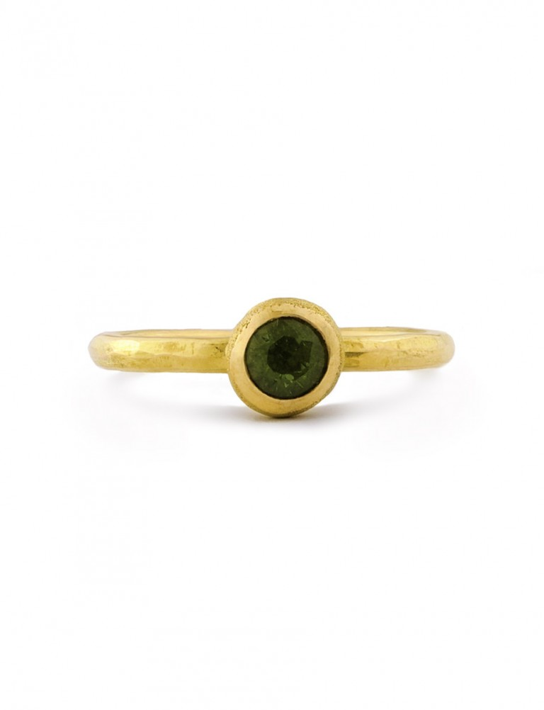 Frosted Orb Ring – Green Sapphire