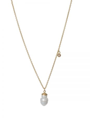 North Star Pearl Pendant Necklace