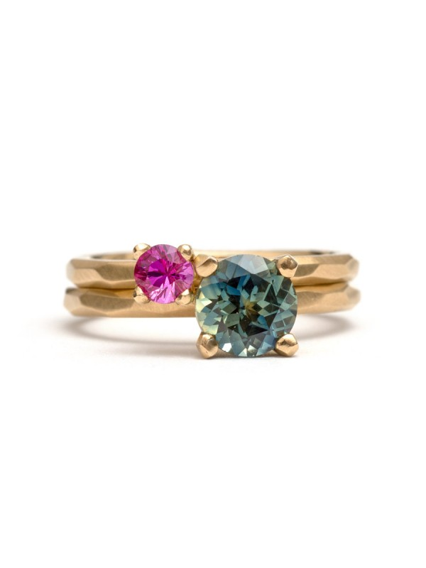 Teal Round Cut Sapphire Ring