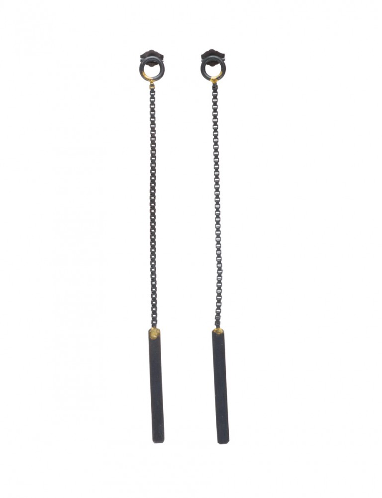 Shikaku Long Box Chain Earrings – Black