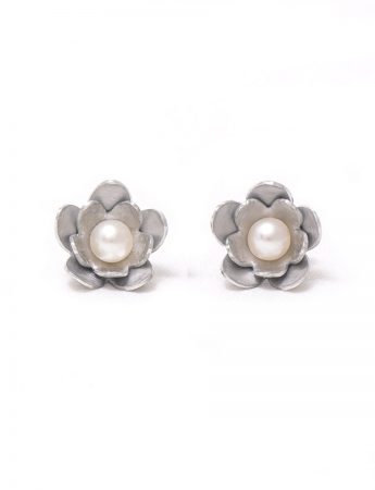 Flower Stud Earrings – White Pearl