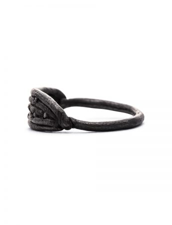 Neru Noodle Ring – Black Diamonds