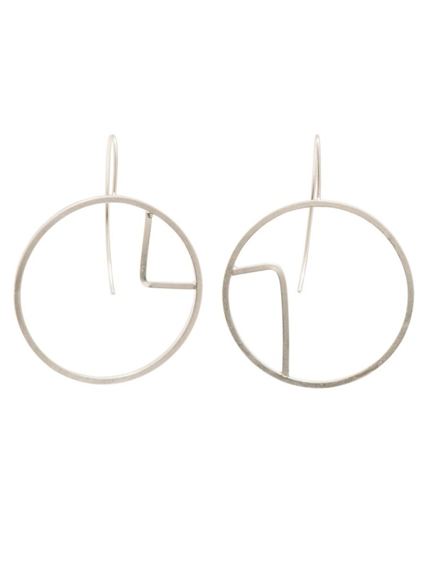 Sen Line Asymmetric Circle Earrings – Silver
