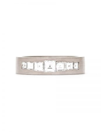 Carre Ring - White Gold & Diamonds
