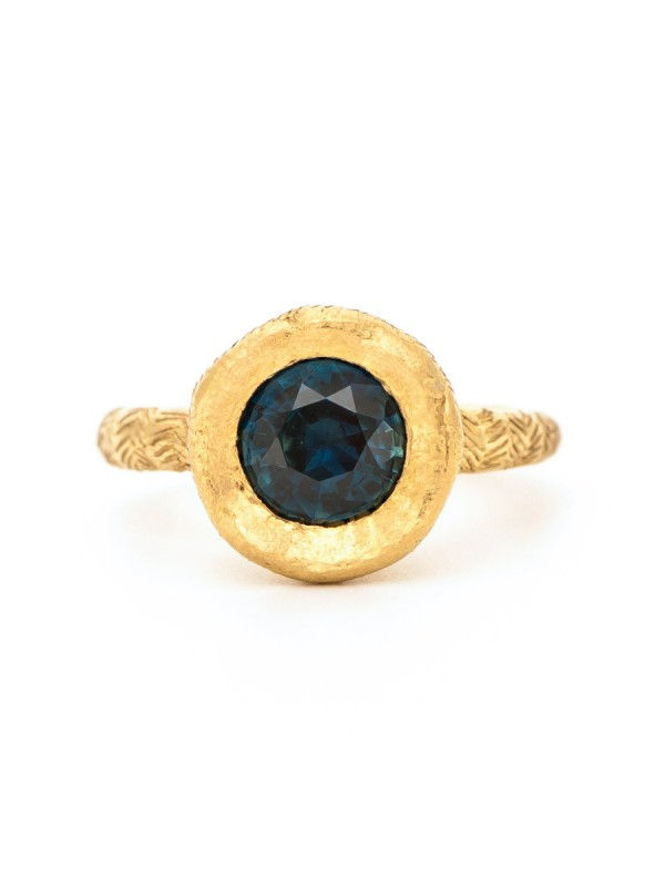 Golden Ring – Parti Sapphire