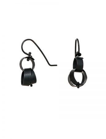 Mini Fern Earrings – Black