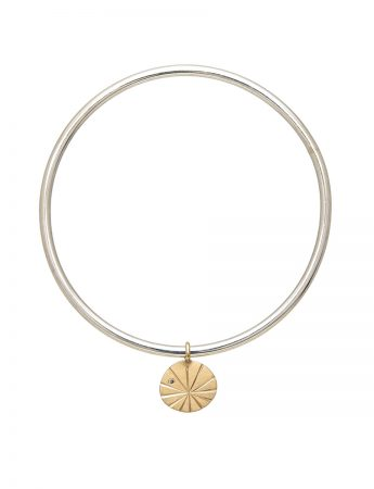 Fan Shell Charm Bangle