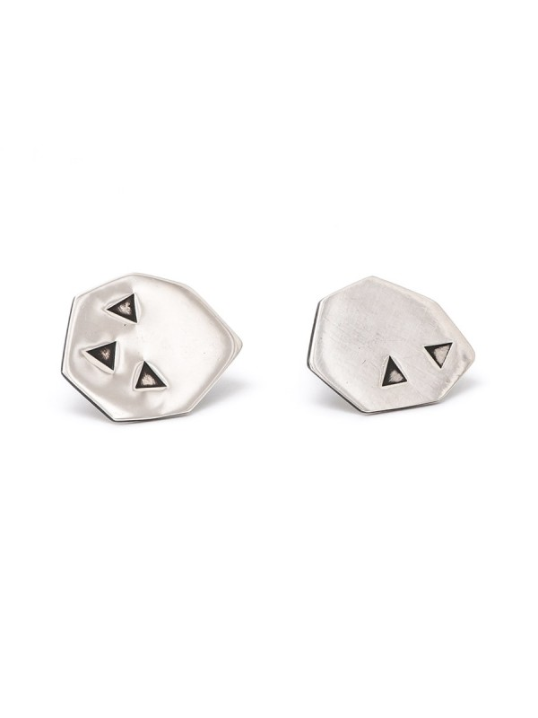 Lucky Seven Stud Earrings – Silver