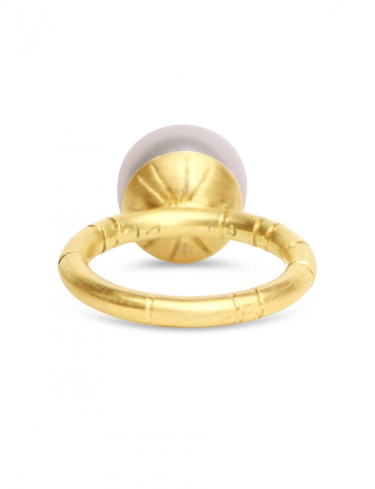 White Broome Pearl Ring