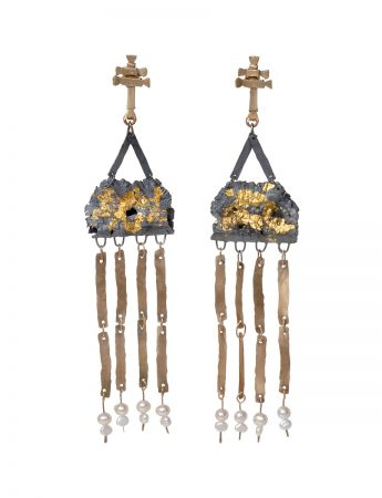 Domitila Earrings - Black, Gold & Pearl