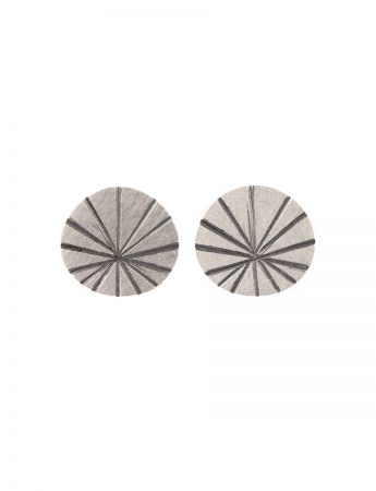 Large Fan Shell Stud Earrings – Silver