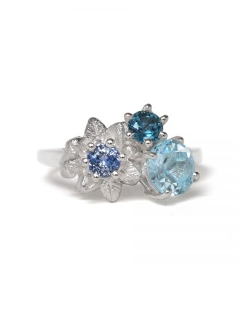 Medium Forget Me Not Floral Posy Ring - Blue