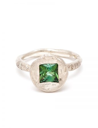 Golden Ring – Green Tourmaline & White Gold