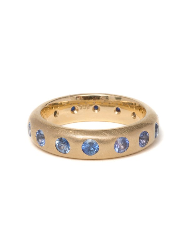Graduated Sapphire Ring – Gold